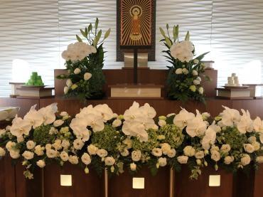 葬儀用祭壇生花